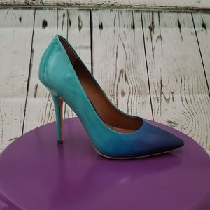 Ombre patent leather pumps
